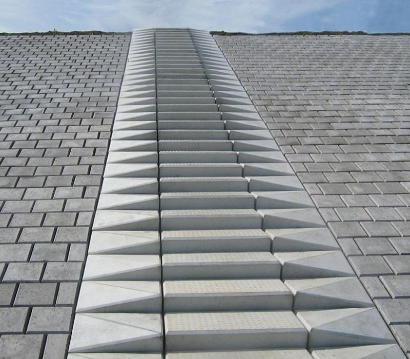 Beton Treppe